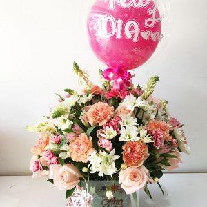 arreglo floral rosas rosadas